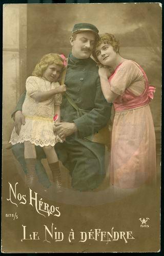 DC000392 EXPOSITION  Les femmes dans la propagande de la Première Guerre Mondiale à travers les cartes postales